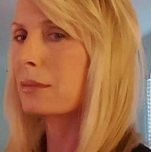 Meet your Posher, Debra